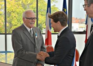 remise-medaille-dargent-de-la-jeunesse-et-des-sports-a-monsieur-droz-alcb-2016
