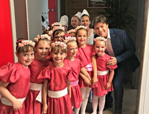 J'ai félicité pour l'année écoulée l'école municipale de danse classique
