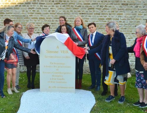 Les élues du conseil municipal ont honoré la mémoire de Simone Veil